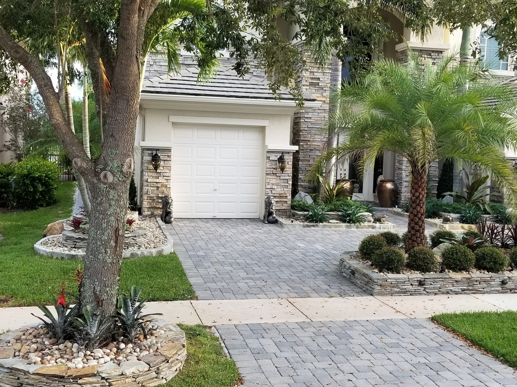 How To Use Decorative Rocks For Landscaping